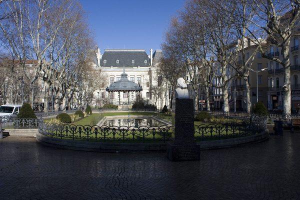 Place Jean Jaurès